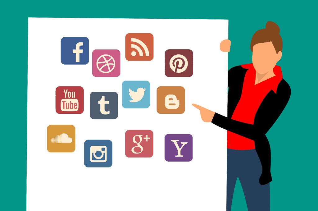 social-media-twitter-google-plus-linkedin-facebook-public-speaking